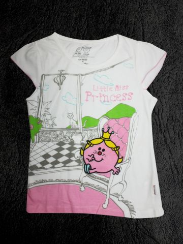 https://d38jde2cfwaolo.cloudfront.net/100335-thickbox_default/mrmen-little-miss-white-half-sleeve-tee.jpg