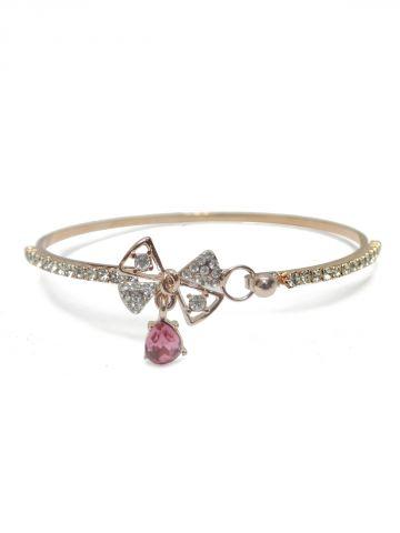 https://static8.cilory.com/101258-thickbox_default/archies-women-bracelet.jpg