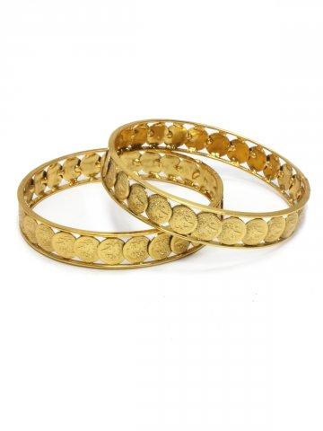 https://static5.cilory.com/110826-thickbox_default/simaira-series-elegant-polki-work-bangle-carved-with-beads.jpg