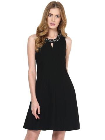 https://static9.cilory.com/121472-thickbox_default/harpa-black-dress.jpg