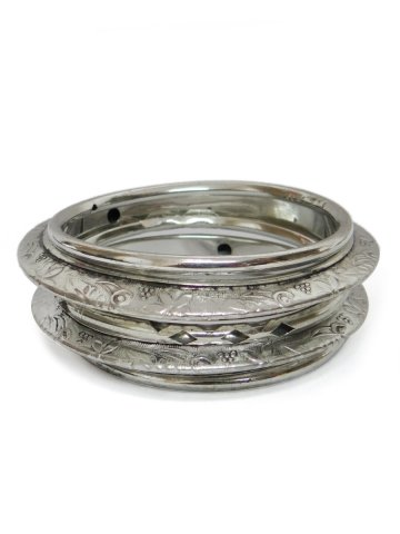 https://static9.cilory.com/138526-thickbox_default/beautiful-handicraft-bangle.jpg