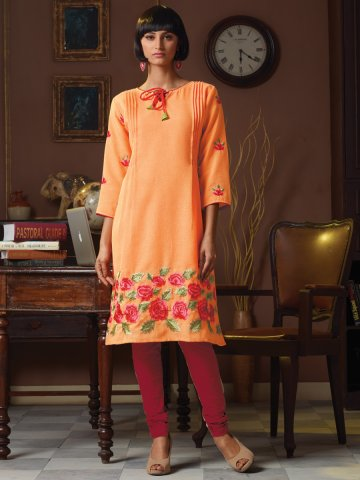 https://static2.cilory.com/162606-thickbox_default/aura-orange-poly-linen-kurti.jpg
