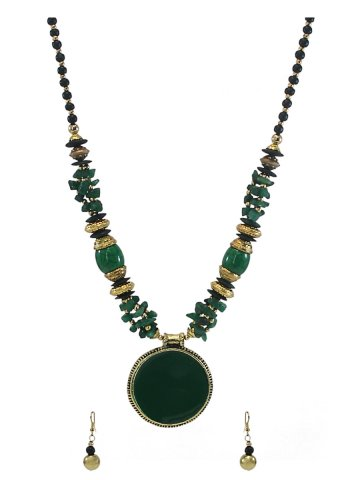 https://static9.cilory.com/185201-thickbox_default/beautiful-women-s-handicraft-necklace-set.jpg