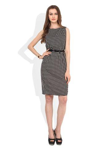 https://static8.cilory.com/195743-thickbox_default/zephyra-black-white-midi-dress.jpg