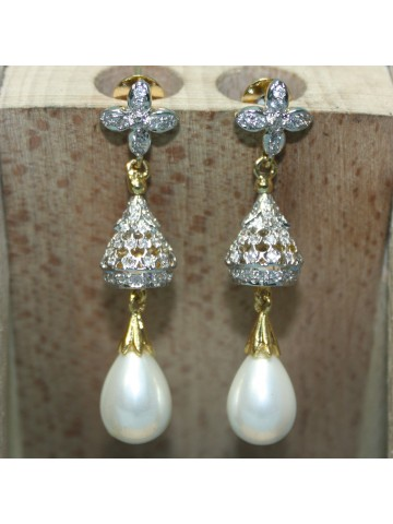 https://d38jde2cfwaolo.cloudfront.net/20036-thickbox_default/elegant-designer-earrings.jpg