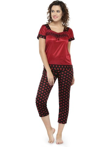 https://static4.cilory.com/334404-thickbox_default/women-polka-dot-print-pajama-set-nightwear.jpg