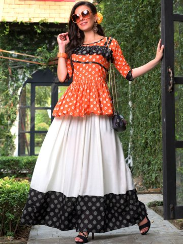 https://static3.cilory.com/378638-thickbox_default/multicolor-rayon-printed-flared-kurti.jpg