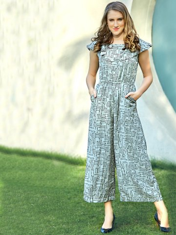 https://static5.cilory.com/390406-thickbox_default/tips-tops-grey-printed-jumpsuit.jpg