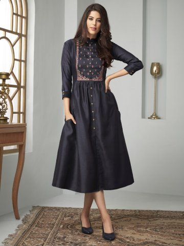https://static5.cilory.com/394879-thickbox_default/navy-blue-embroidered-kurti-with-side-pockets.jpg