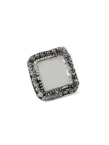 https://static5.cilory.com/396647-thickbox_default/silver-color-oxidised-ring.jpg