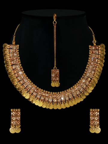 https://d38jde2cfwaolo.cloudfront.net/408199-thickbox_default/golden-ginni-necklace-set-with-maang-tikka.jpg