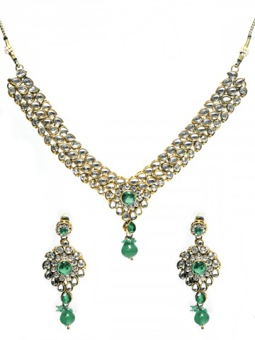 https://static9.cilory.com/45527-thickbox_default/ethnic-kundan-work-necklace-set-carved-with-stone-and-beads.jpg