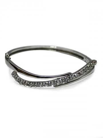 https://static5.cilory.com/73531-thickbox_default/archies-women-bracelet.jpg