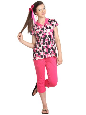 https://static8.cilory.com/96443-thickbox_default/blossom-pink-half-sleeve-top-with-capri.jpg