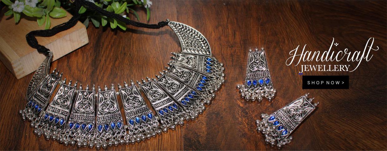 jewellery-desk-23-07-2019.jpg